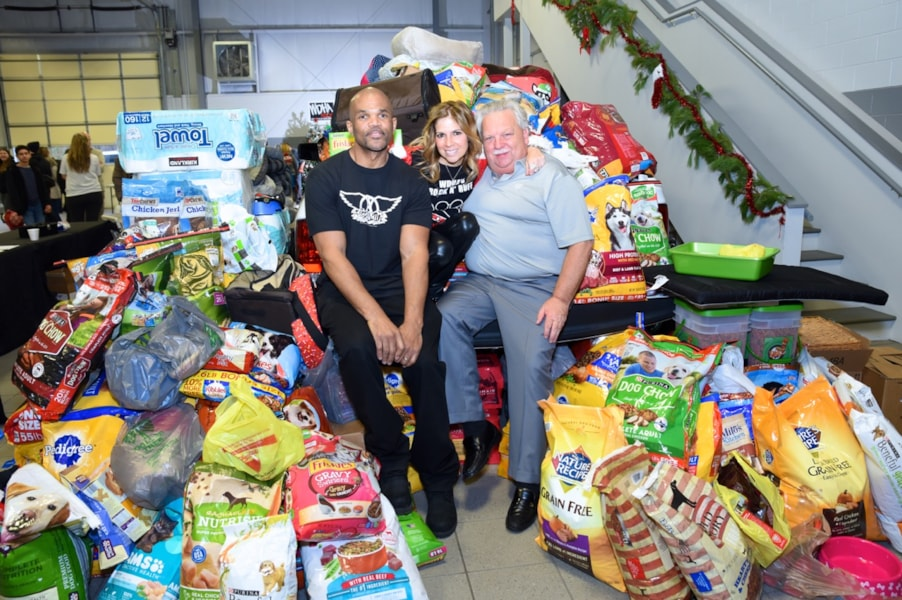"""An amazing day for NJ Animal Rescue as WDHA and Dover Dodge raised thousands of pounds of food and supplies for local Animal Shelters and found many homes for animals in need! Special thanks to Darryl """"DMC"""" McDaniels, Stone Horses and Palisades for their support and talents and to our listeners who ROCK THE RESCUE!"""