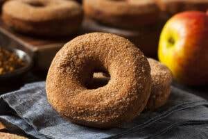 Warm,Apple,Cider,Donuts,Ready,To,Eat